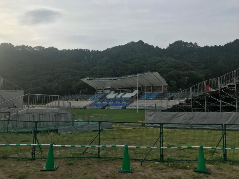 鵜住居復興スタジアムです。昨日寄れなかったので早朝見学。
