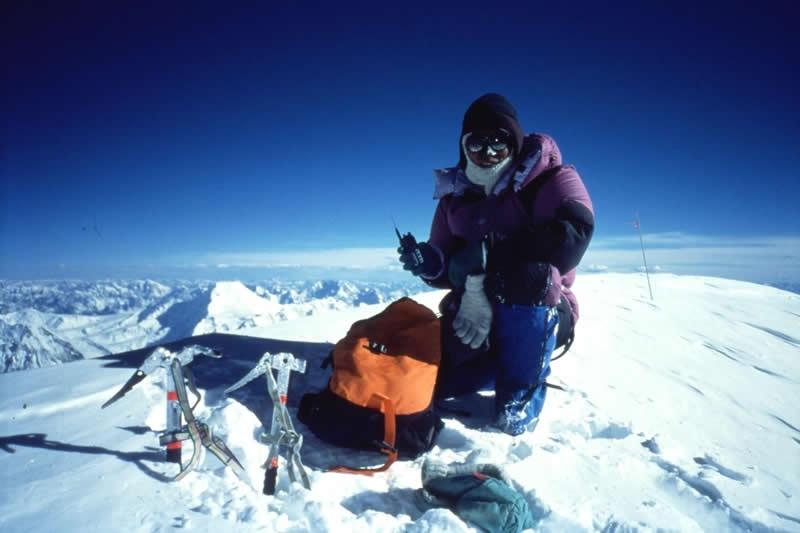 K2峰山頂にて 96.7.29 教科書で見たことがあるような絶景。