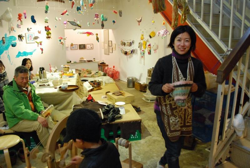 去年の冬の会場の様子。右が吉田麻子さんです