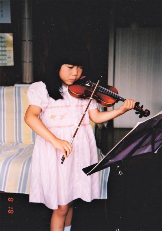 3歳から10歳まで習っていたヴァイオリン(5歳の頃)