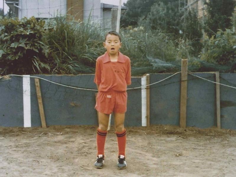 小学5年生の頃。すばしっこいプレイで小4の頃から小6のチームに混ざり試合に出場していた。
