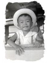 4歳頃の藤原少年、とても利発そう。今の面影がしっかり。
