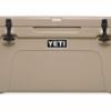 Amazon   YETI(イエティ) クーラーボックス タンドラ 65qt. タン YT65T [並行輸入品]   車&バイク   車&バイク